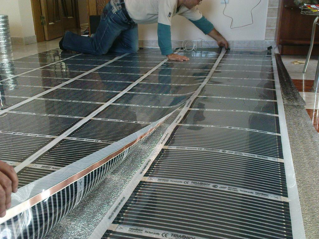 Sıcak zemin altındaki alt tabaka: nasıl seçilir Sıcak zemin folyo altında yüzey