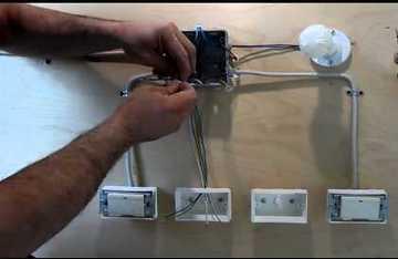 A fix beállítások csak. Háromirányú oszlopkar (TR): kétállású.